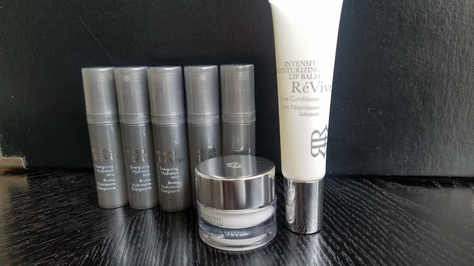 Revive Renewal Cream Mist Lip Balm