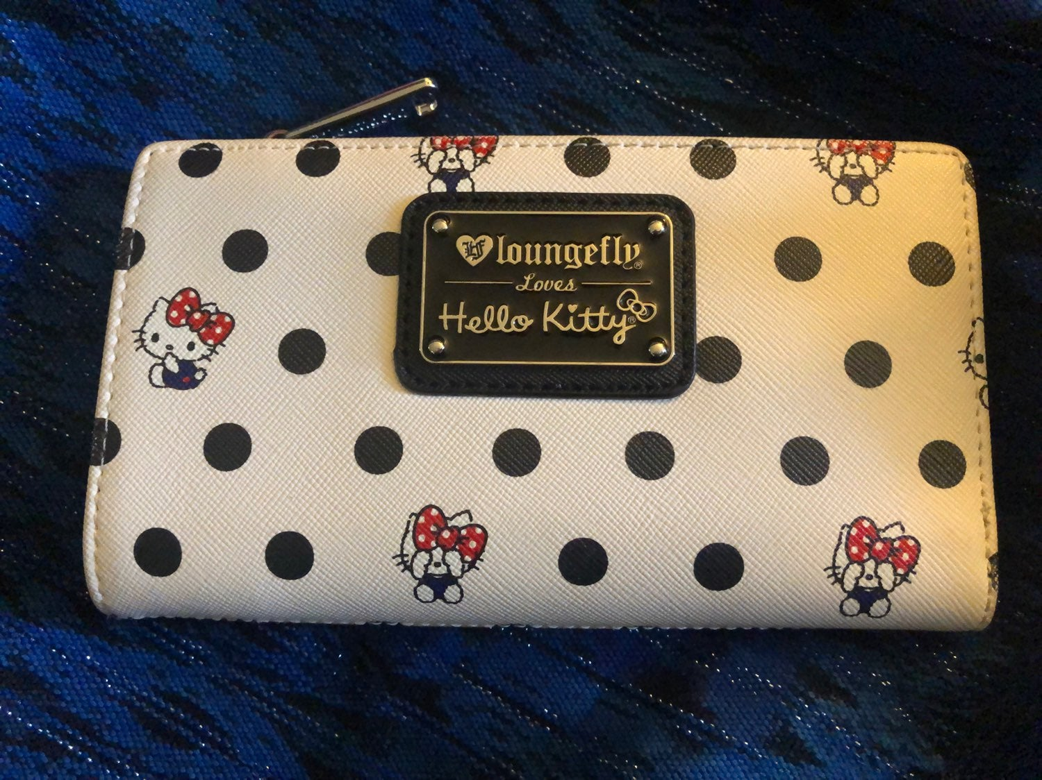 Hello Kitty By Loungefly Billfold