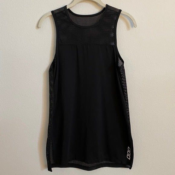 Lorna Jane Black Mesh Tank Top Size M