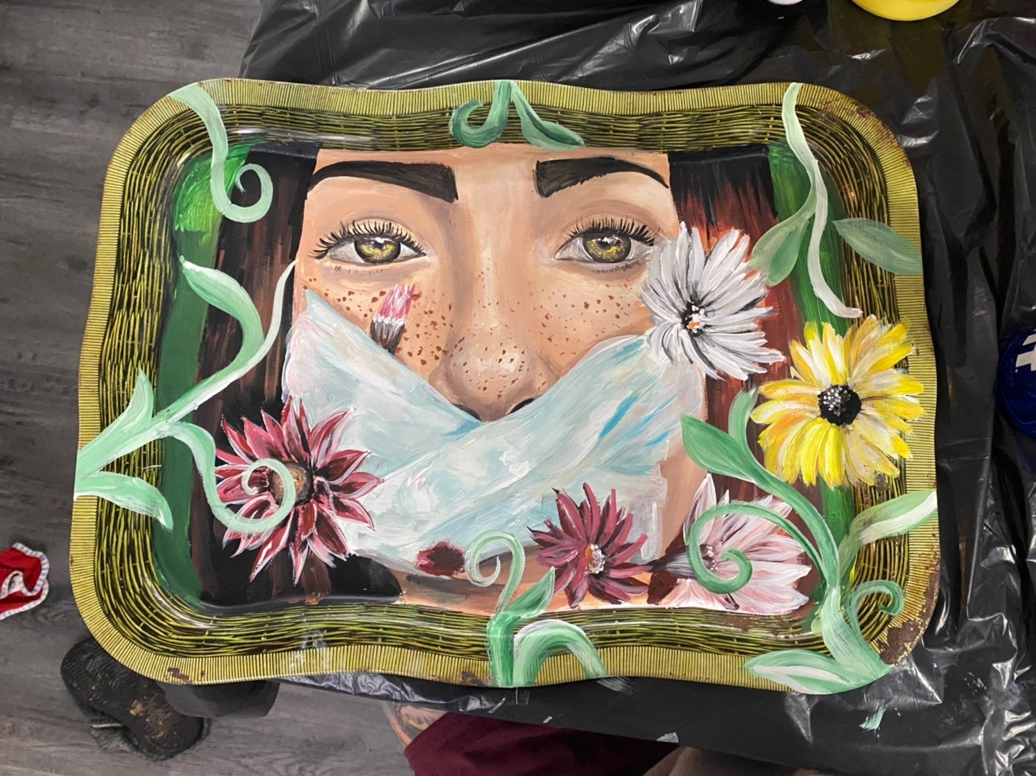 Metal tray painting