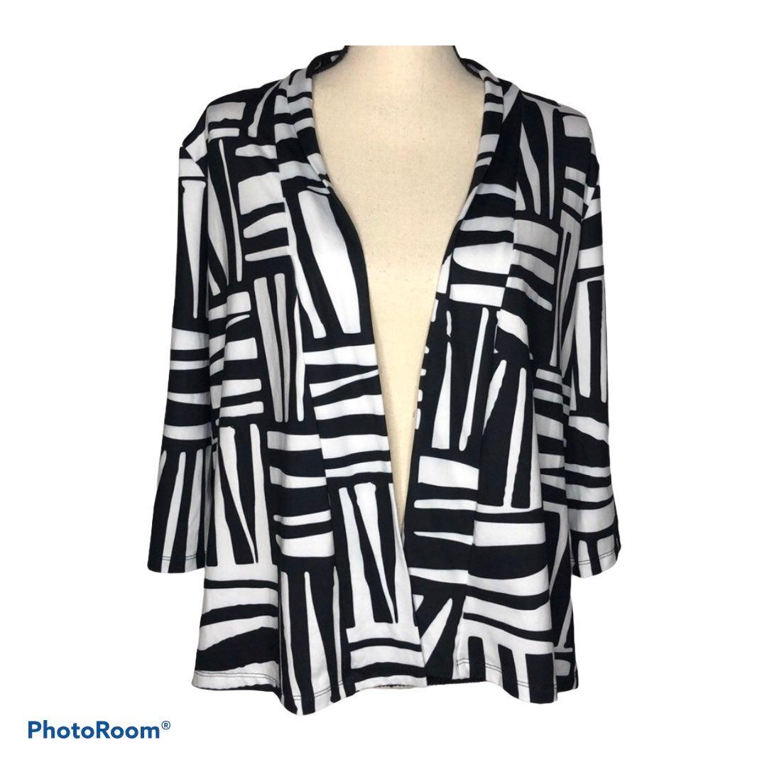 Hula Bay black & white cardigan size M