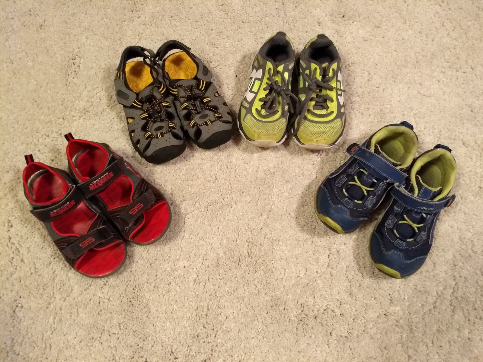 Toddler boys shoes size 11-12