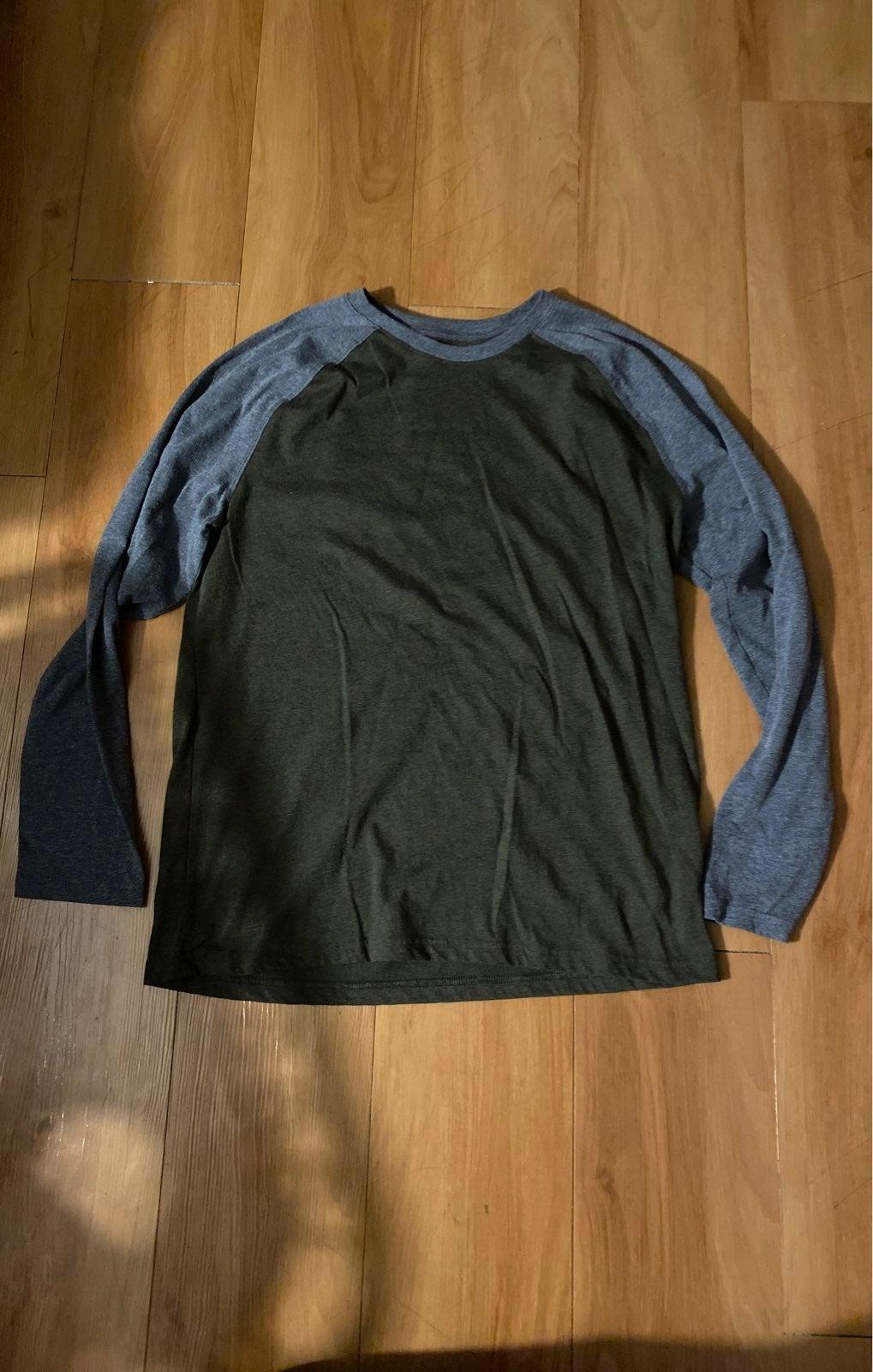 George Men's Medium Long Sleeve shirt