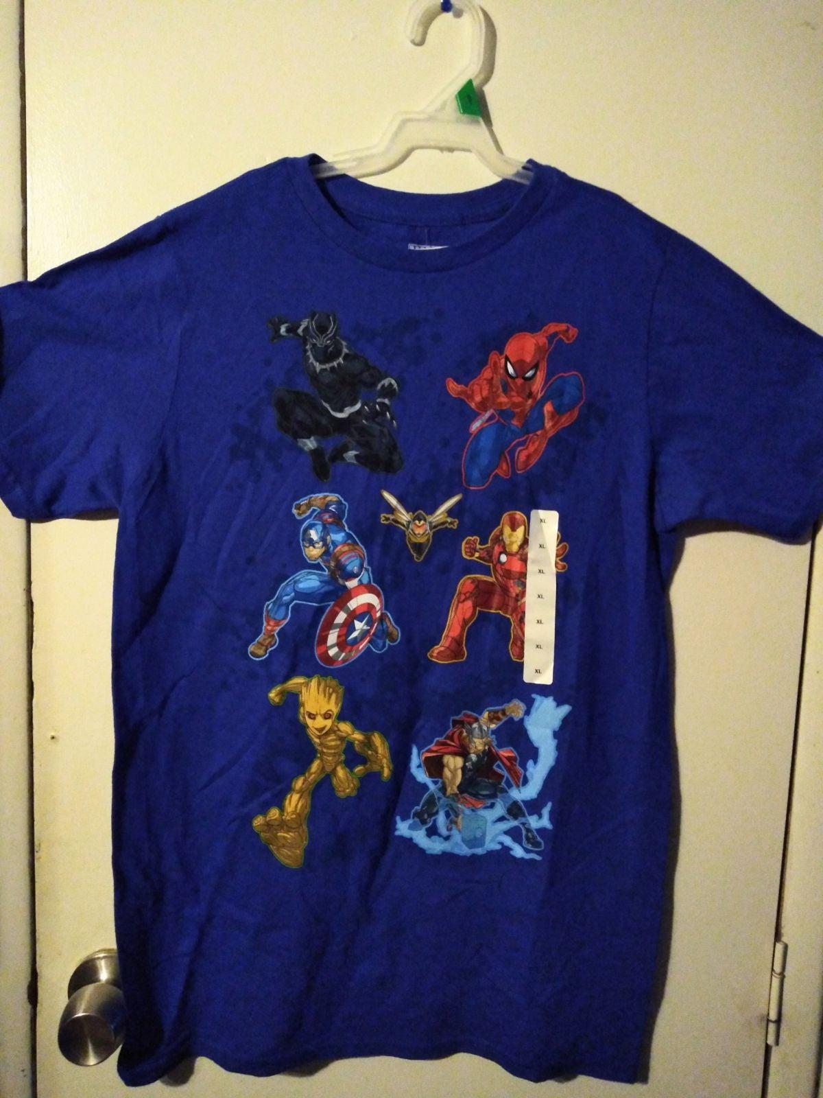Marvel Avengers XL Shirt