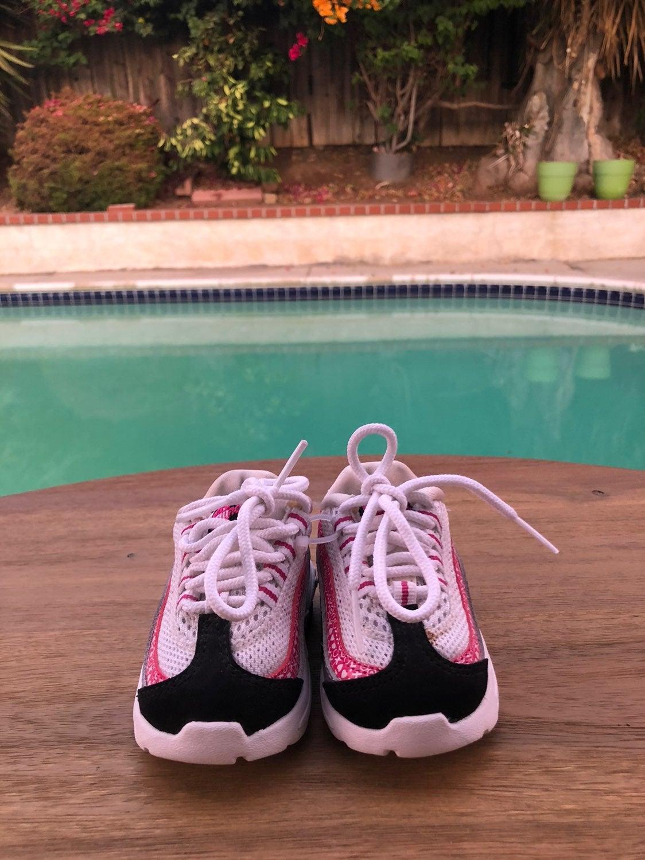 Baby girl Nike air max 90