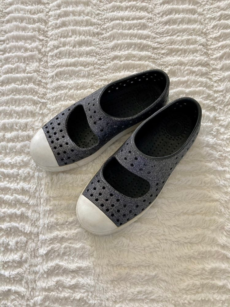 Native Shoes girls 13c
