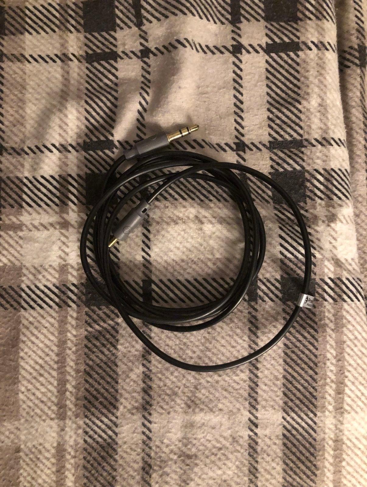 Premier aux cable