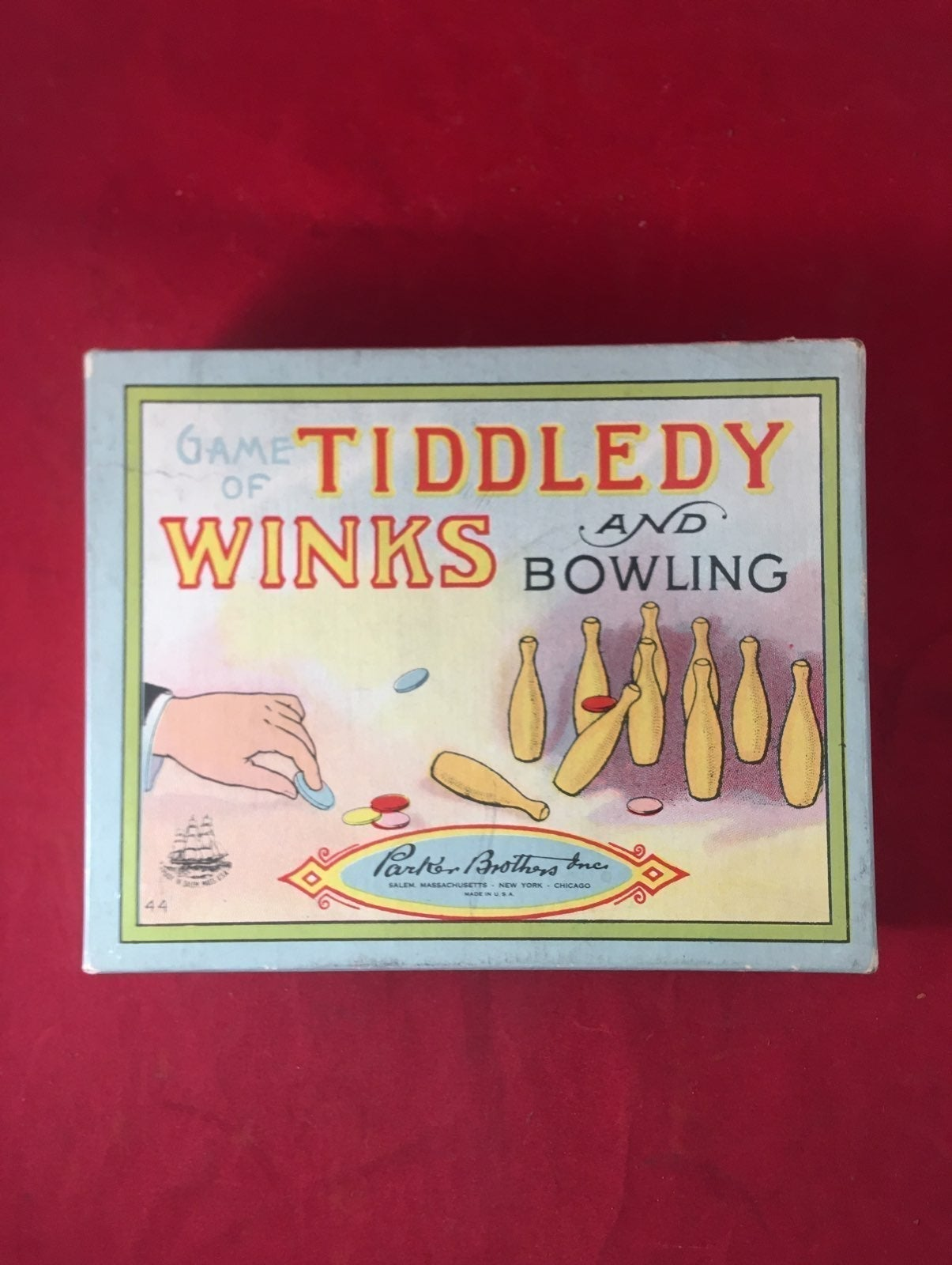 Game Tiddledy Winks & Bowling