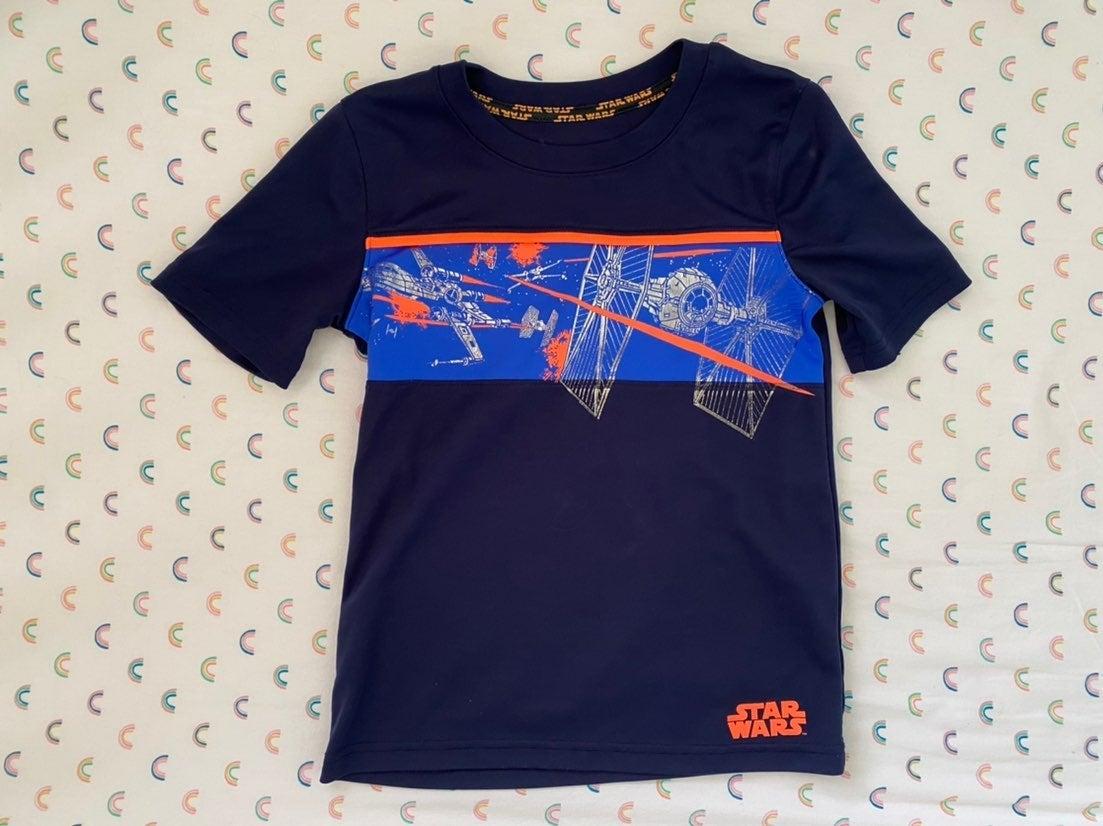 Boys StarWars shirt size 7