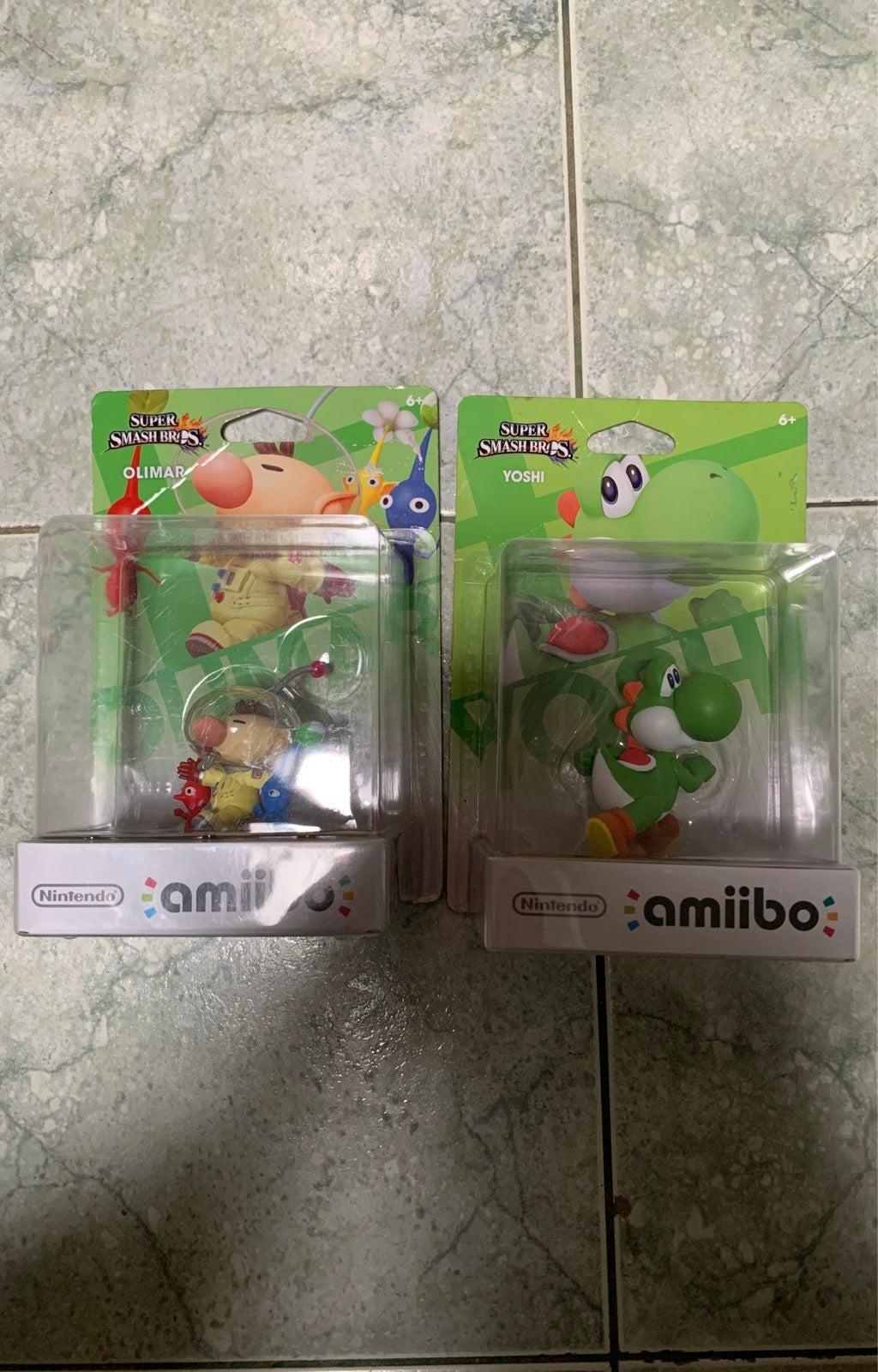 Amiibo Figure Sealed New in Box/ Yoshi/