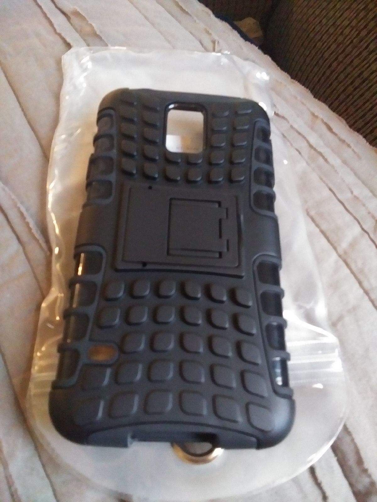 Galaxy s5 case with built in kickstand