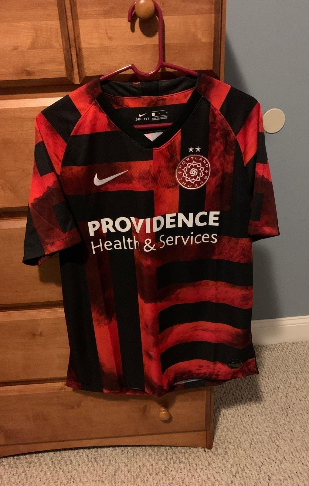 NWOT Portland Thorns NWSL jersey size L