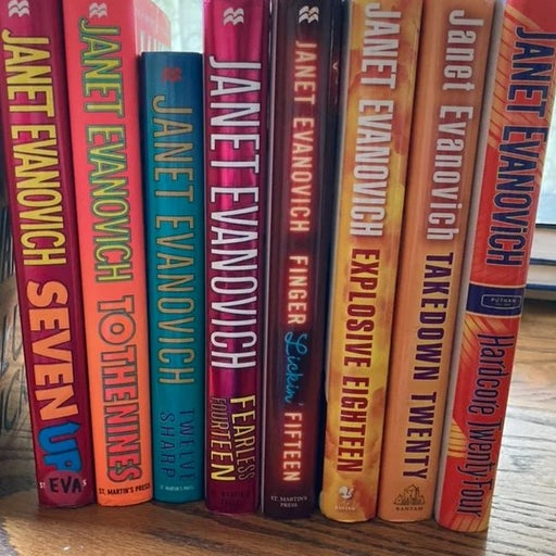 "Janet Evanovich ""Stephanie Plum"" books"