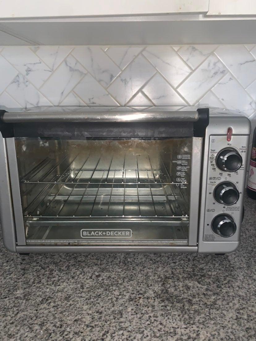 Black + Decker 6-slice Toaster Oven