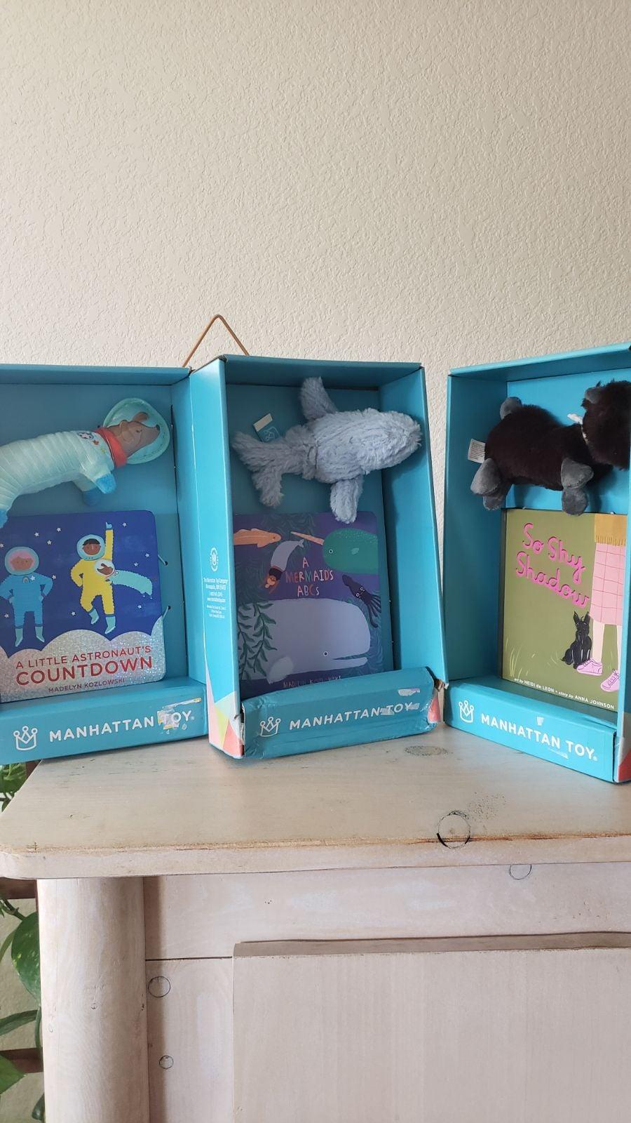 Manhattan Book Lot Mermaid Astronaut Dog