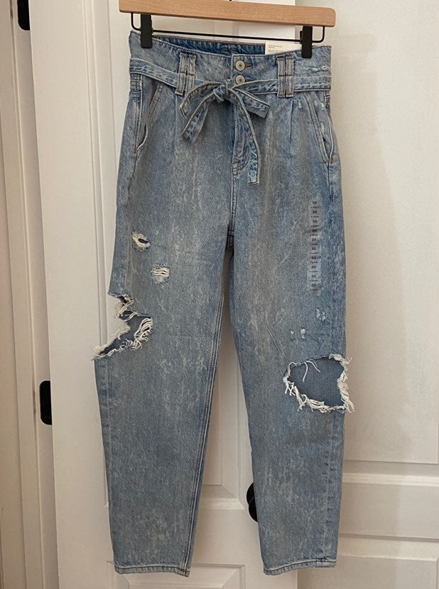 American Eagle Mom Jeans, 00 X-Short