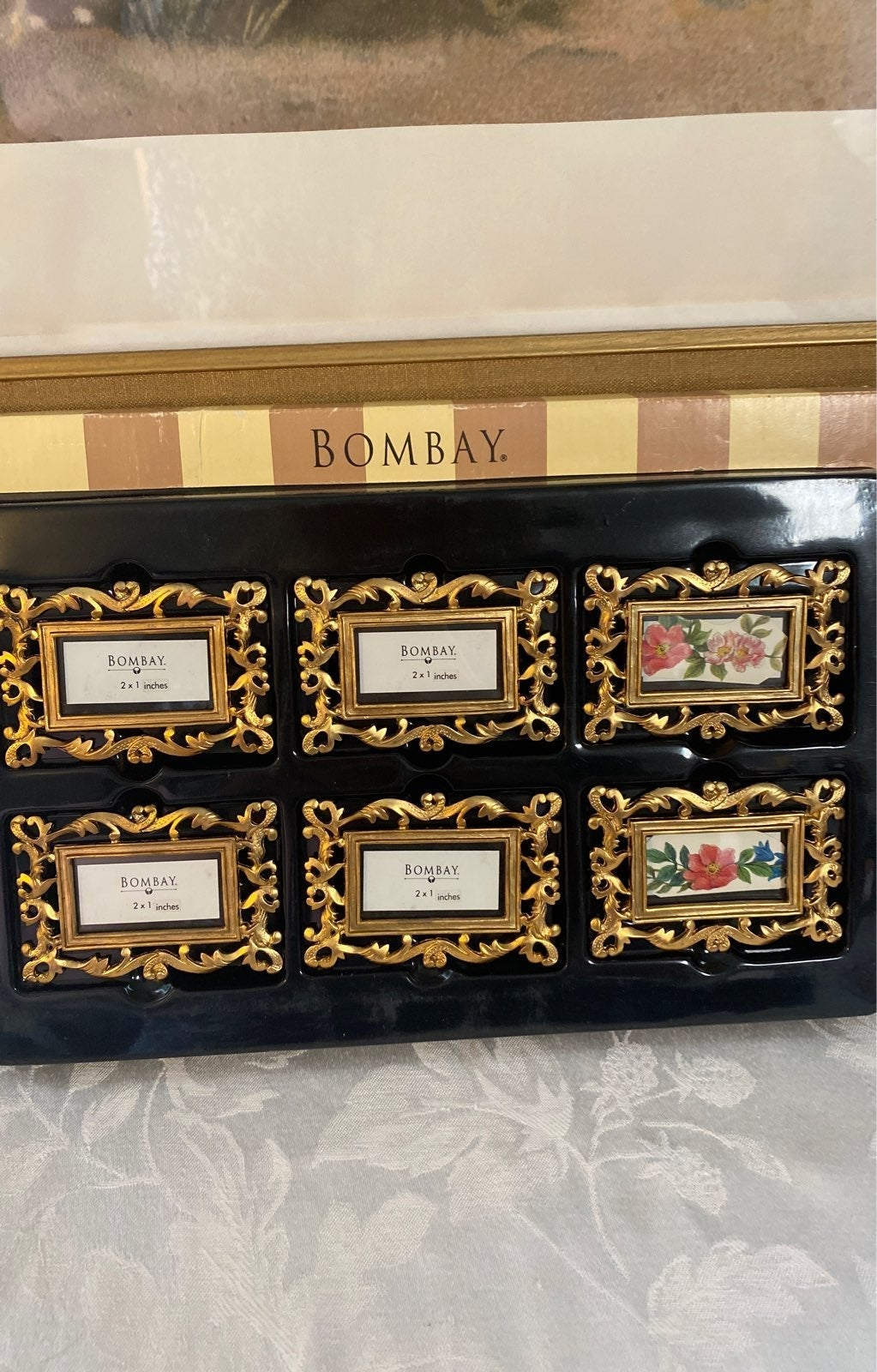 6 Bombay Gold Frame Place Card Holders