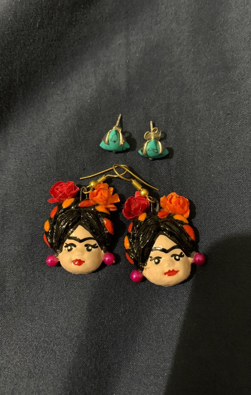 frida earrings & studs