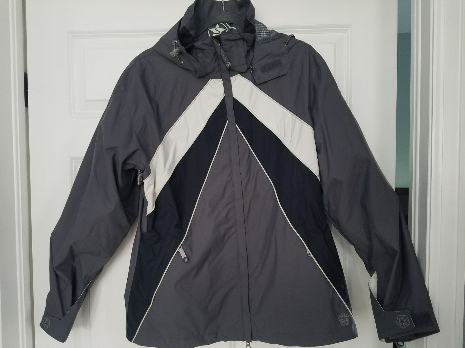 Sessions Woman's Jacket Size Large