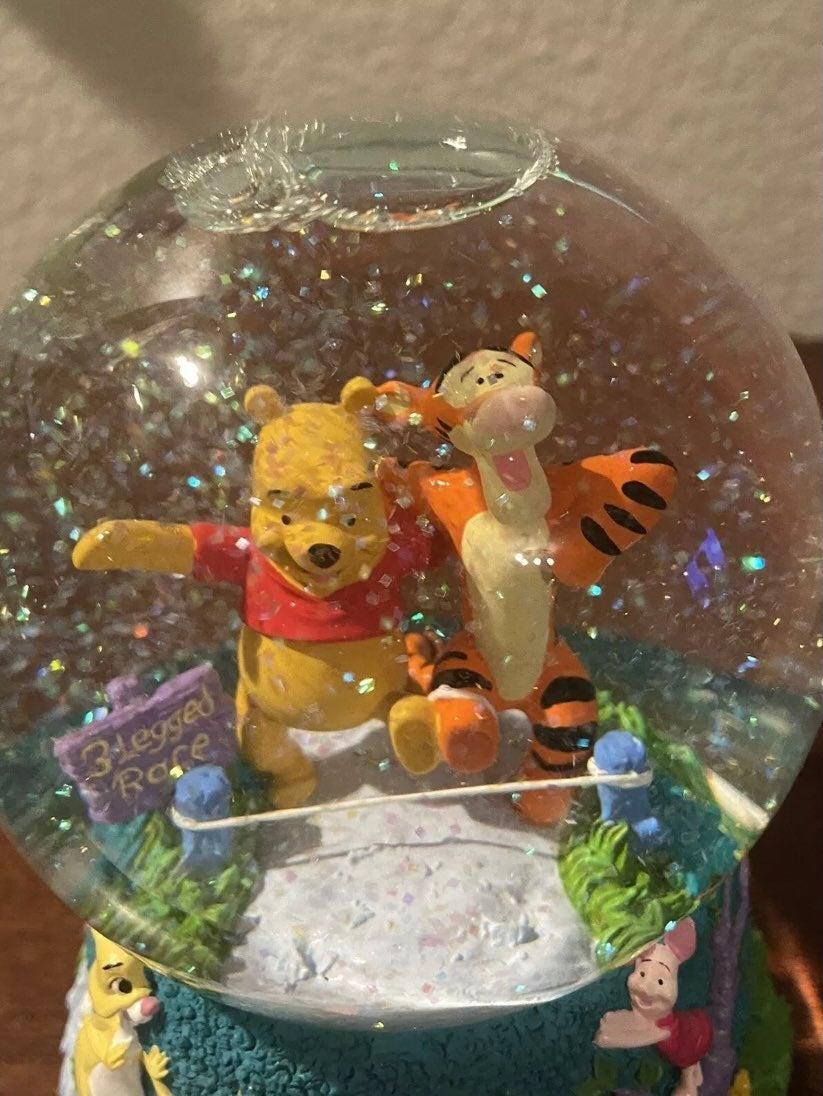 3 Legged Race, Winnie the Pooh and Tigge