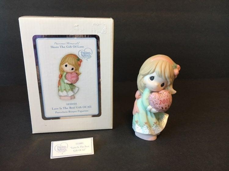 Precious Moments 111001 love figurine