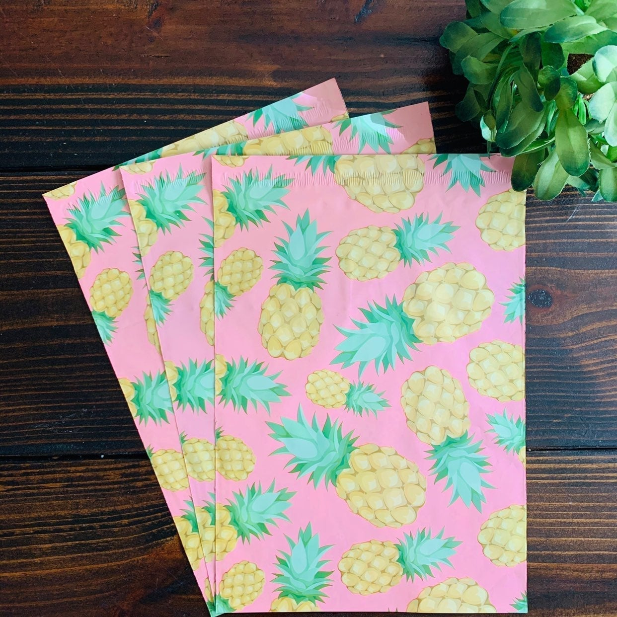 Poly Mailer Pineapple 40 ct 6 x 9