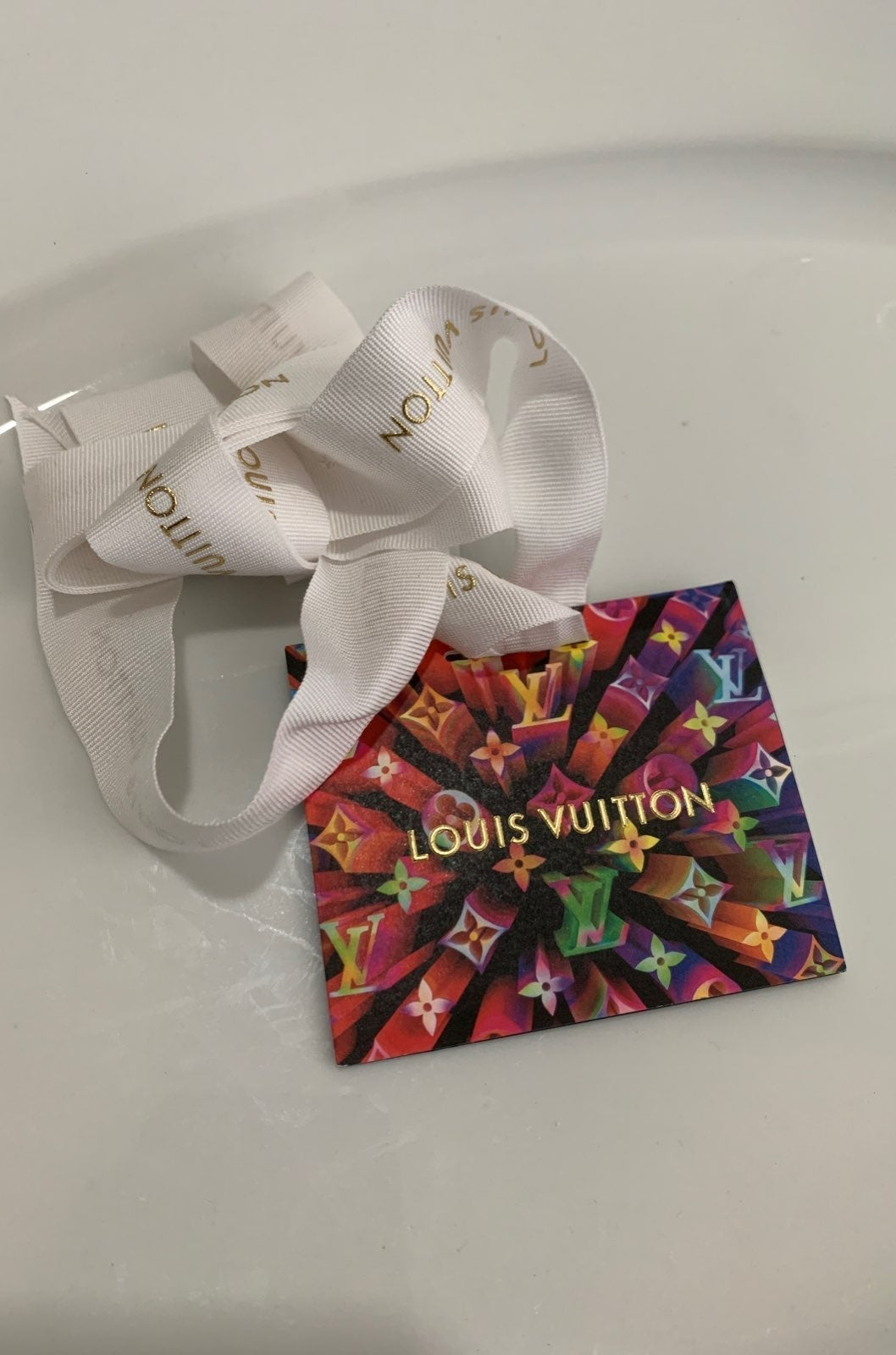 Louis vuitton rare holiday tag ribbon