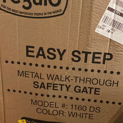 Regalo Metal Walk Through Safety Gate -