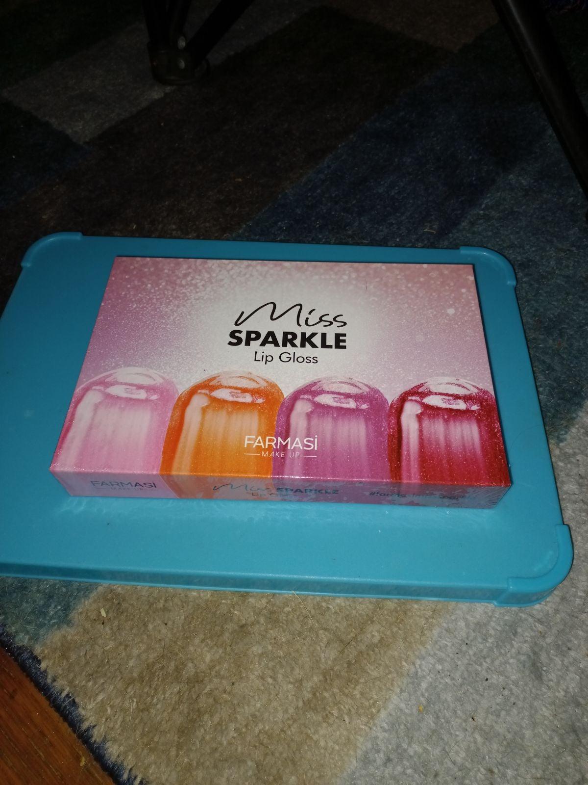 Farmasi lip gloss set