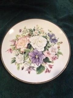 1991 Franklin Mint Majesty of Roses Plat