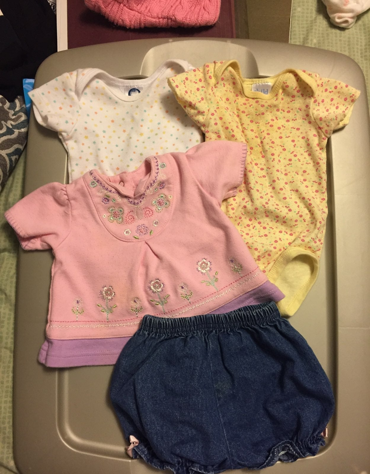 Newborn small lot of clothes