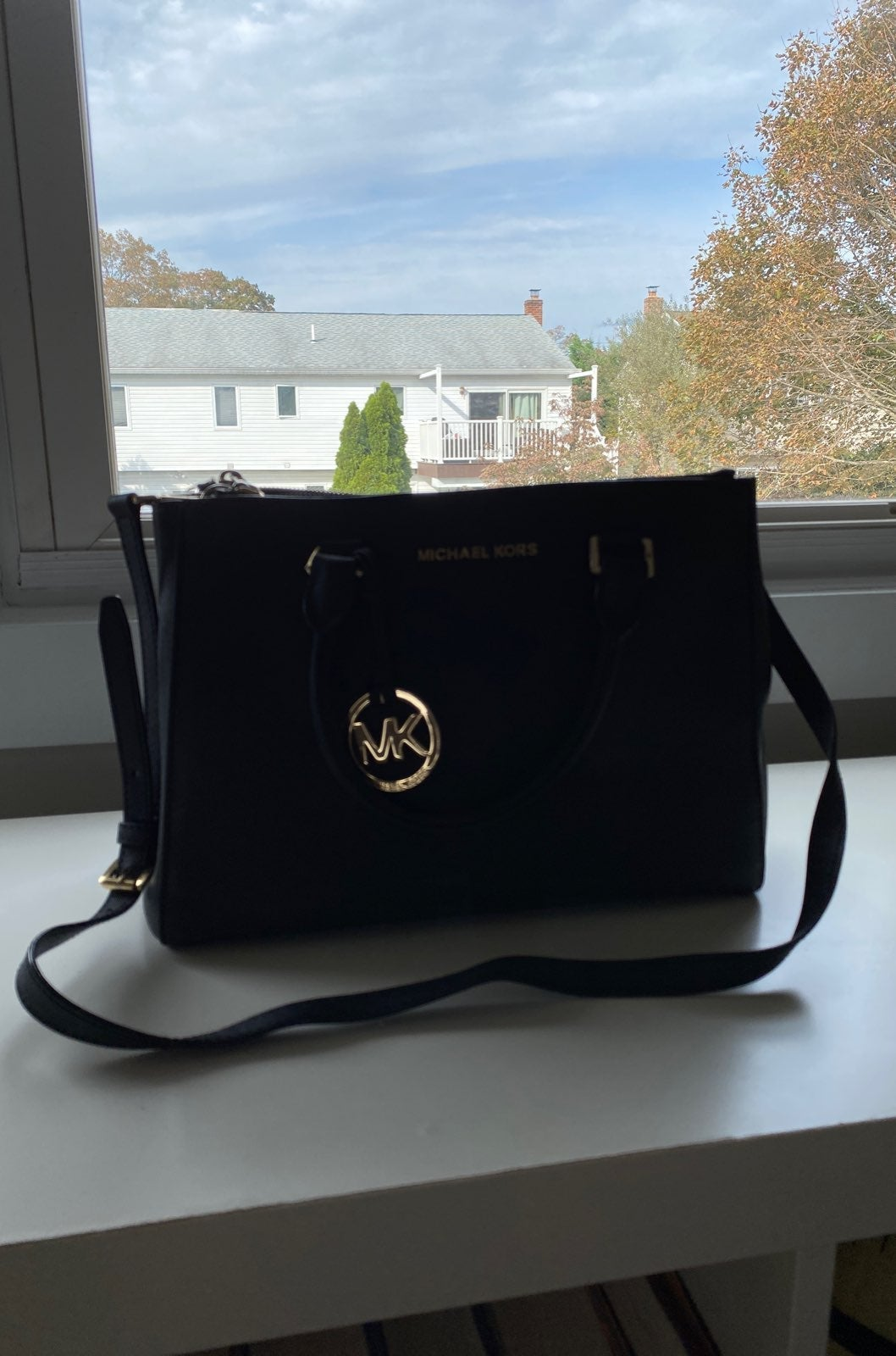 Black Michael Kors Sutton Medium Bag