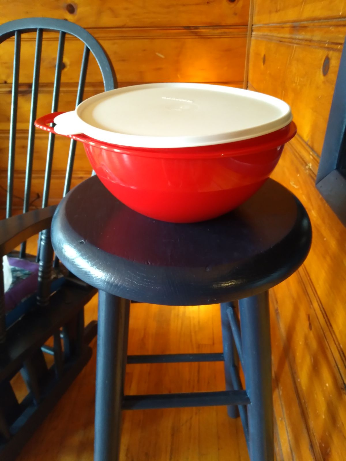 Tupperware bowl