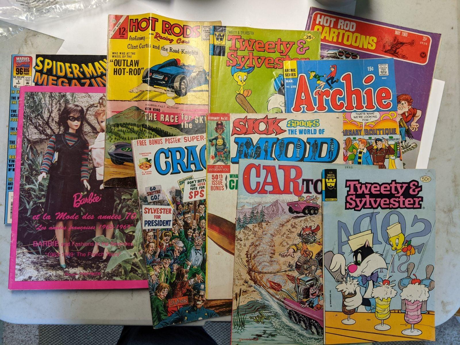 10 Vintage Comic/ Barbie Books