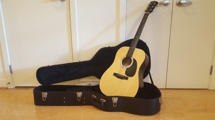 FenderSquier Dreadnought Acoustic Guitar