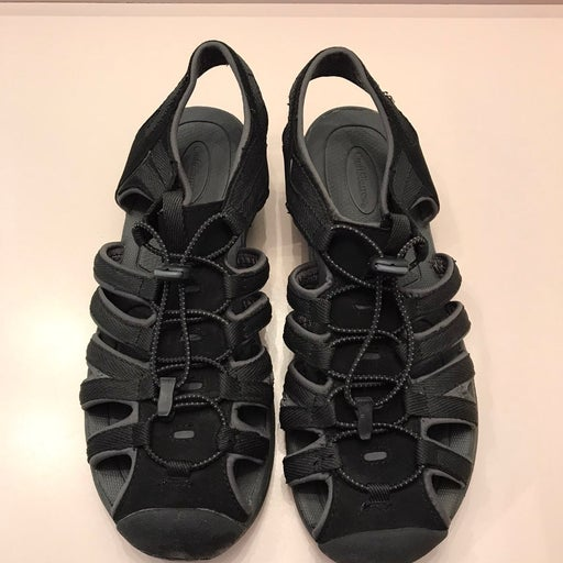 Croft and Barrow sport sandals