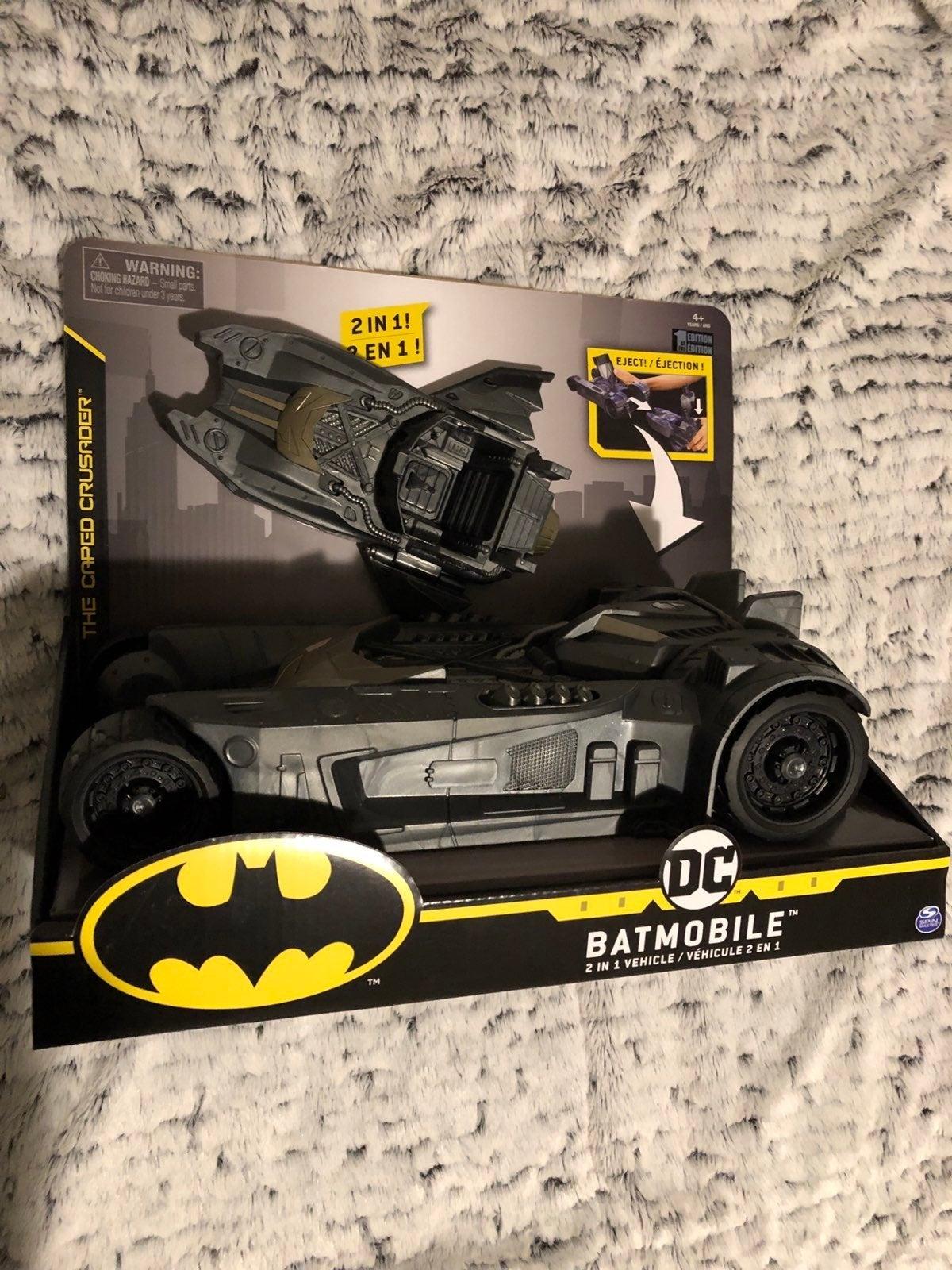 New Batmobile 2 in 1 vehicle