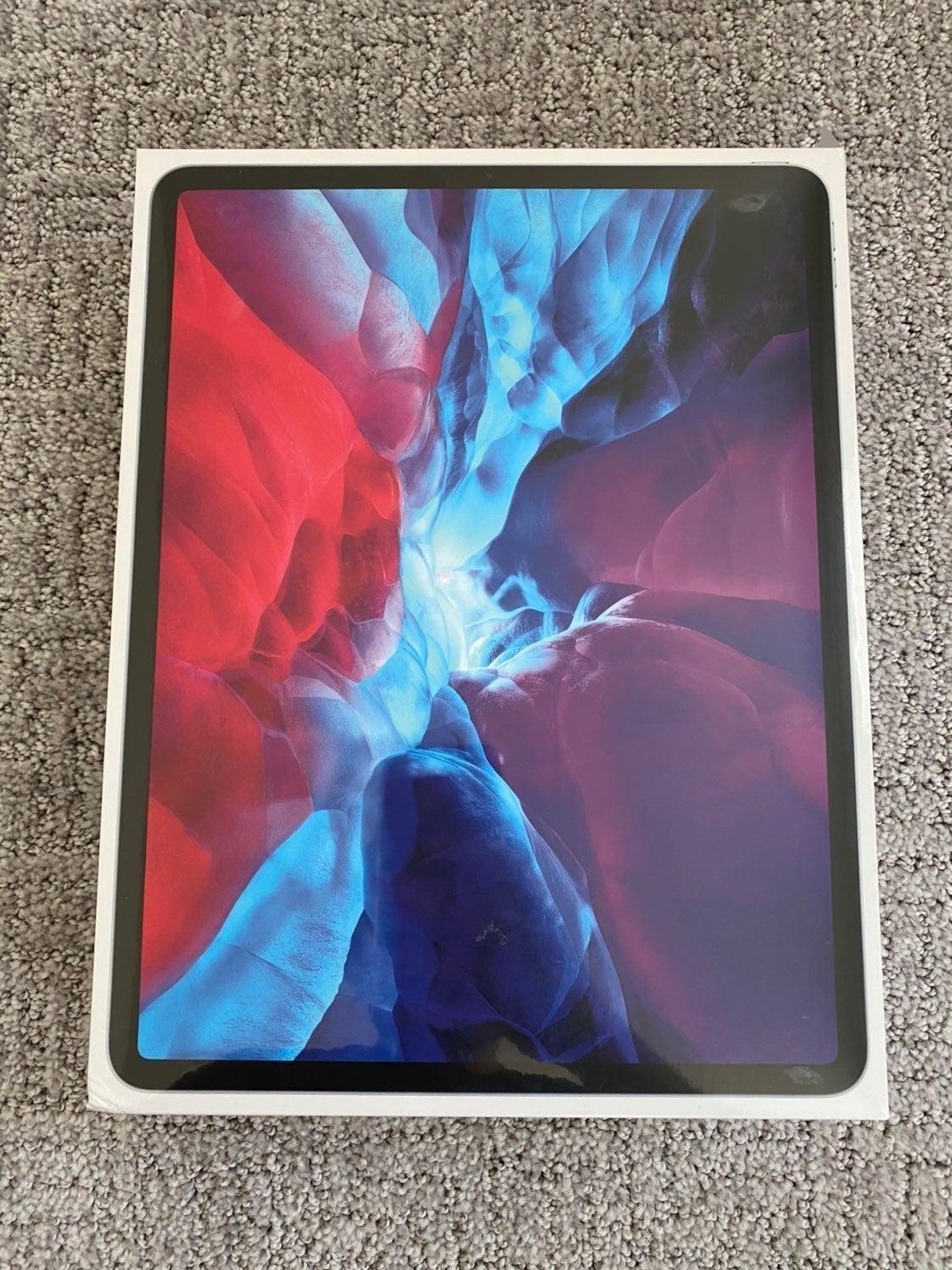 NEW iPad Pro 12.9 inch 1tb WiFi/LTE