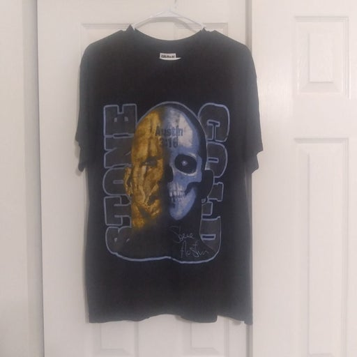 Stone cold steve austin WWF shirt