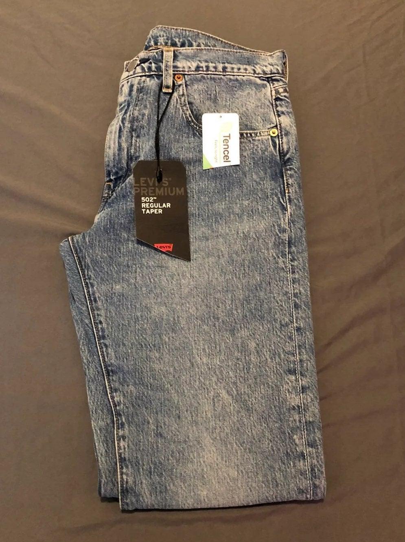 Levis 502 Taper Leg Jeans 30x32 NEW