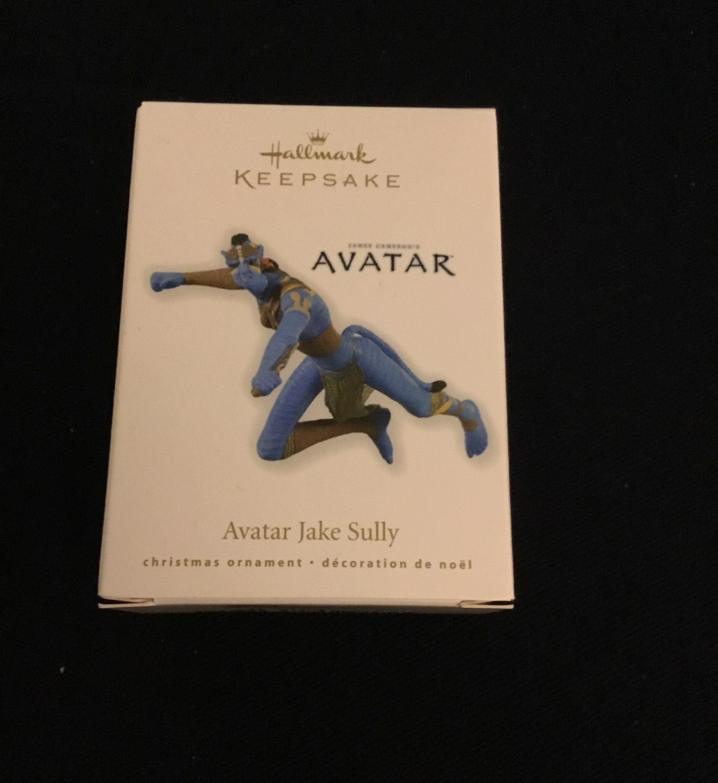 NEW Hallmark Ornament Avatar Jake Sully