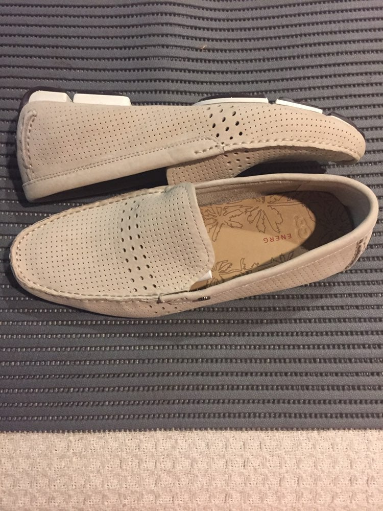 MEN LEATHER UGGS LOAFERS BNNT!!!