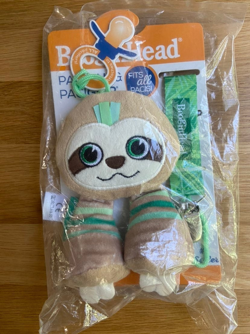 Booginhead Sloth Pacigrip and Pacipal