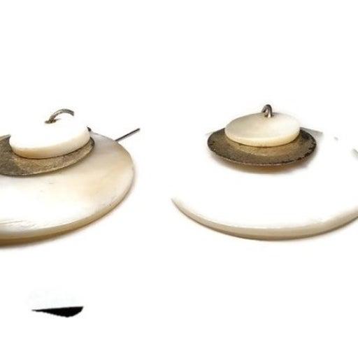 Vtg Large Shell Earrings 1980s