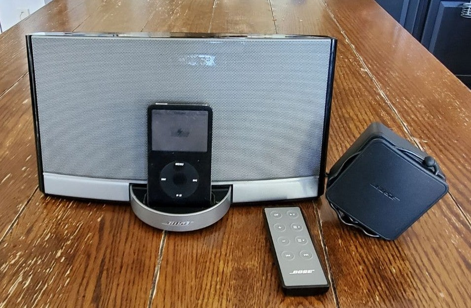 Bose speaker with ipod