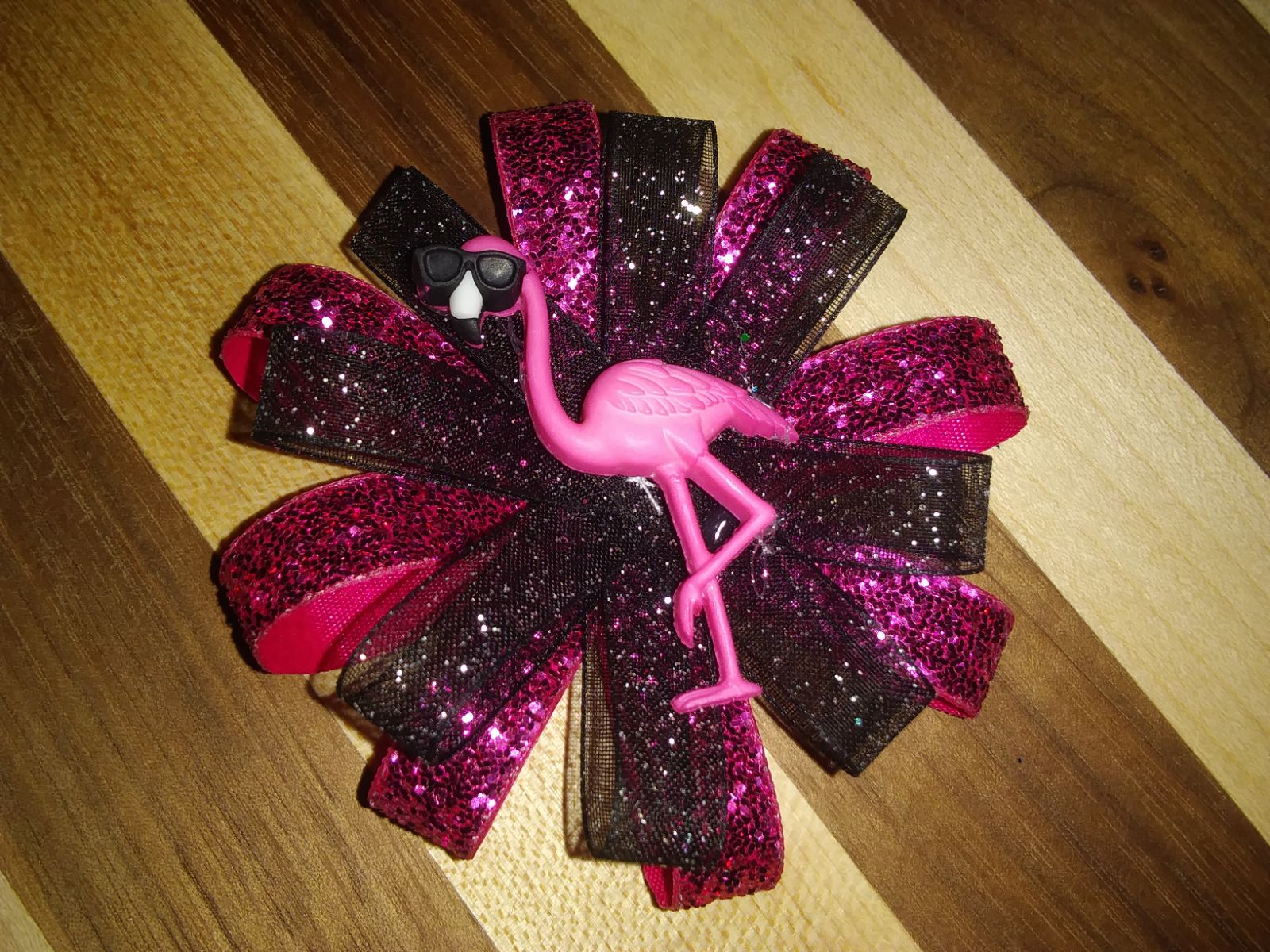 Pink Flamingo with Shades Hairbow