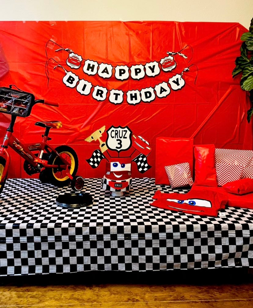 Cars birthday decor