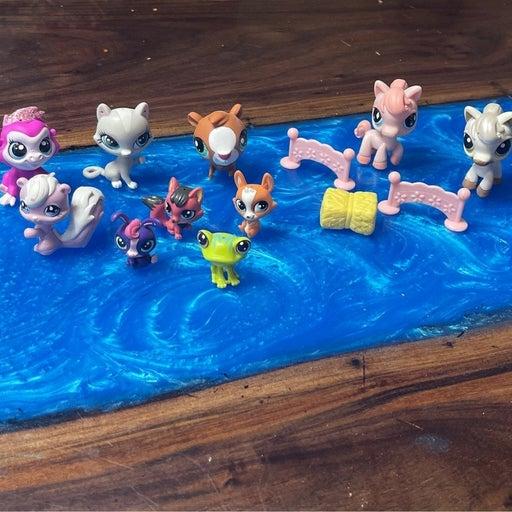 Littlest Pet Shop Figurines