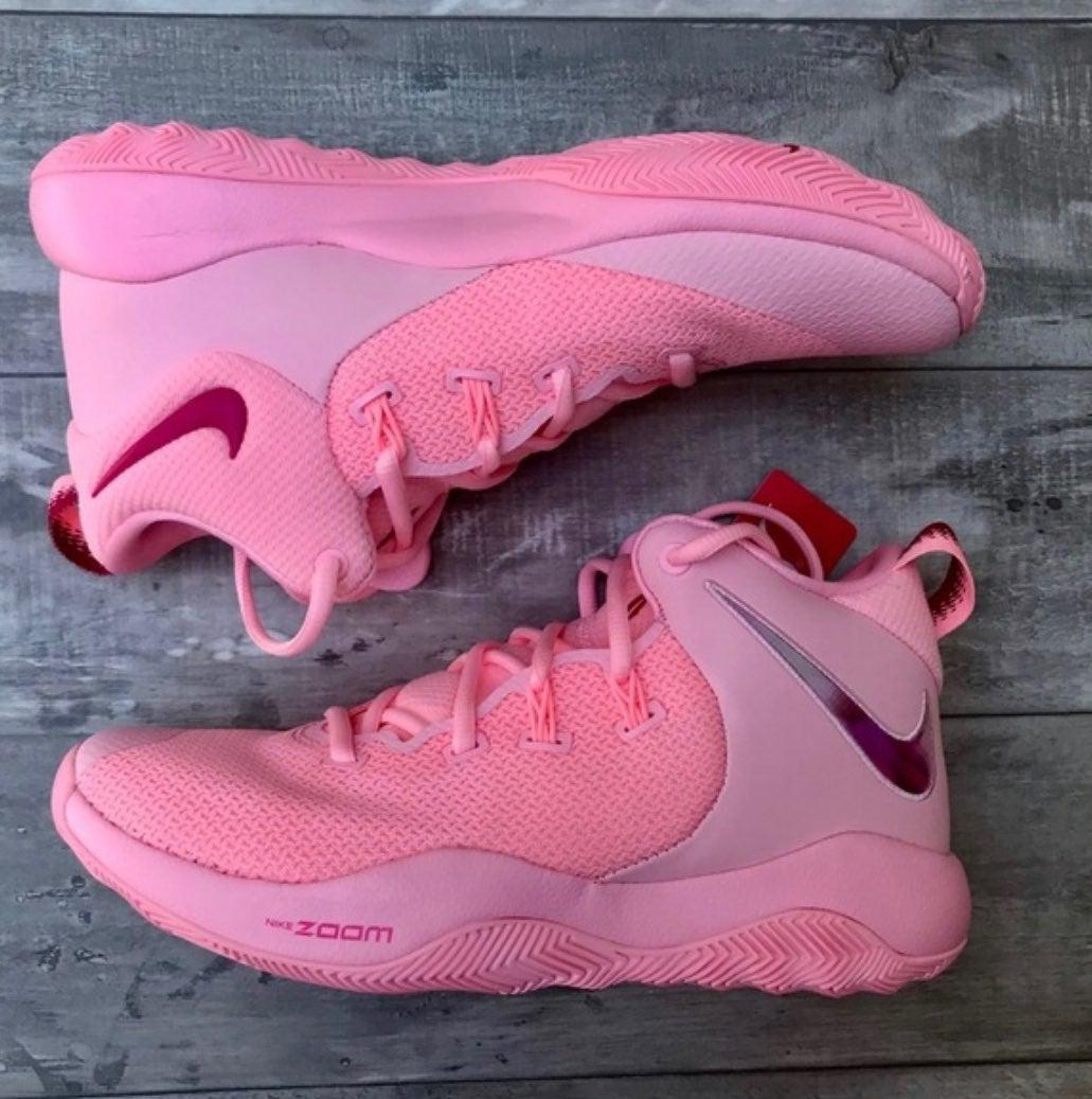 NWOT Nike Zoom Rev II