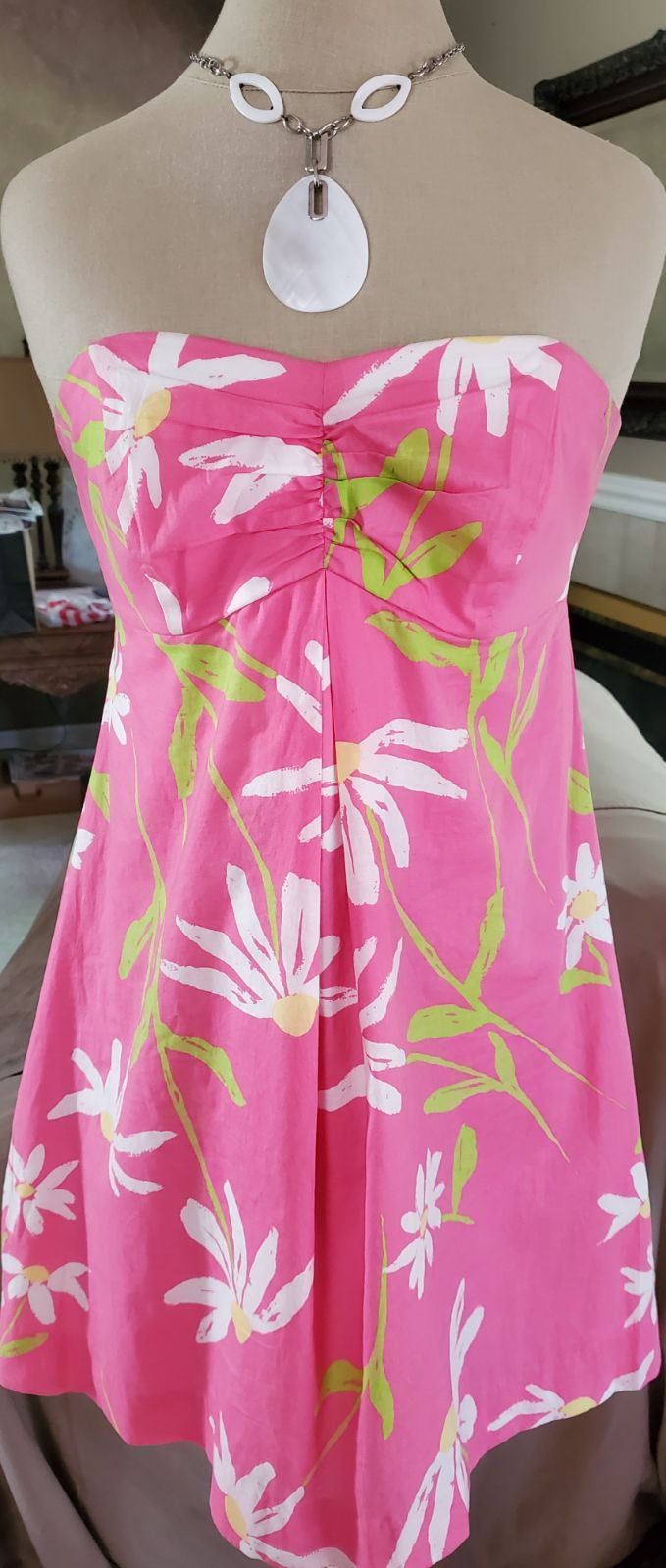Lilly Pulitzer‼️dress w/ built-in bra, 6